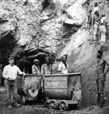 Source: http://www.miningartifacts.org/South-African-Mines.html